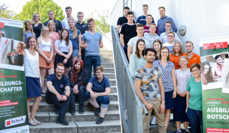 Die Neuen gehen an den Start! 50 Ausbildungsbotschafter in Lippe unterwegs
